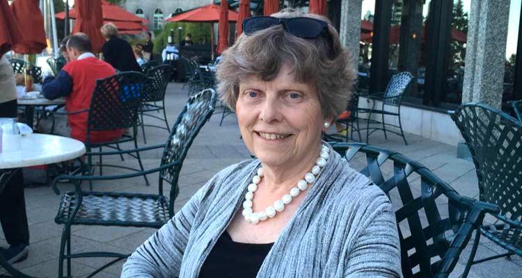 Cathy Farr